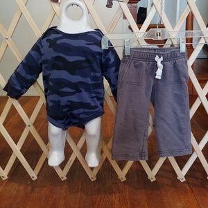 Carter's Shirts & Tops - 🚨baby boy 9m Carter's camo outfit🚨